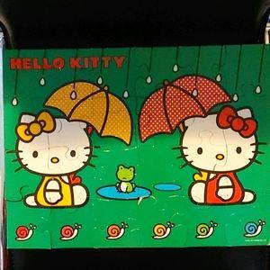 BOGO🌺Hello Kitty 1996/2011 Sanrio 24 Piece Puzzle